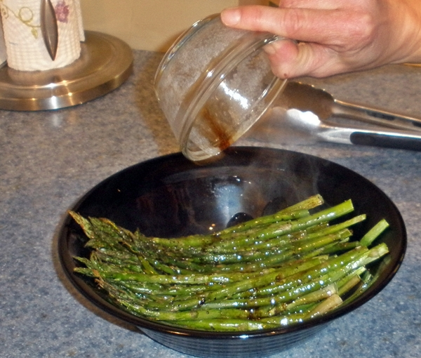 Baked Asparagus with Balsamic Butter Sauce - simple-food-solutions.com